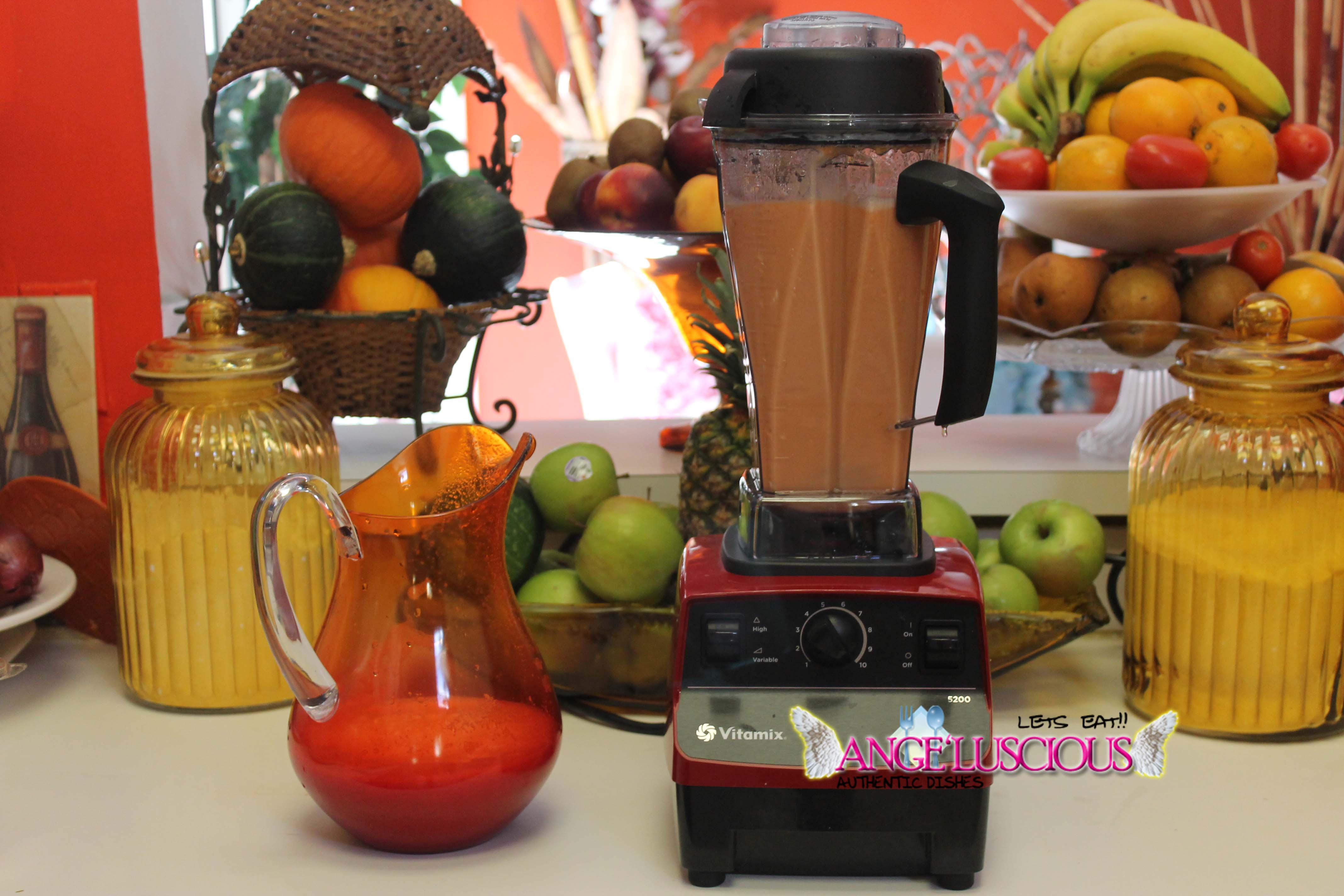 Carrot Ginger, Cantaloupe, Pineapple, Pear Smoothie