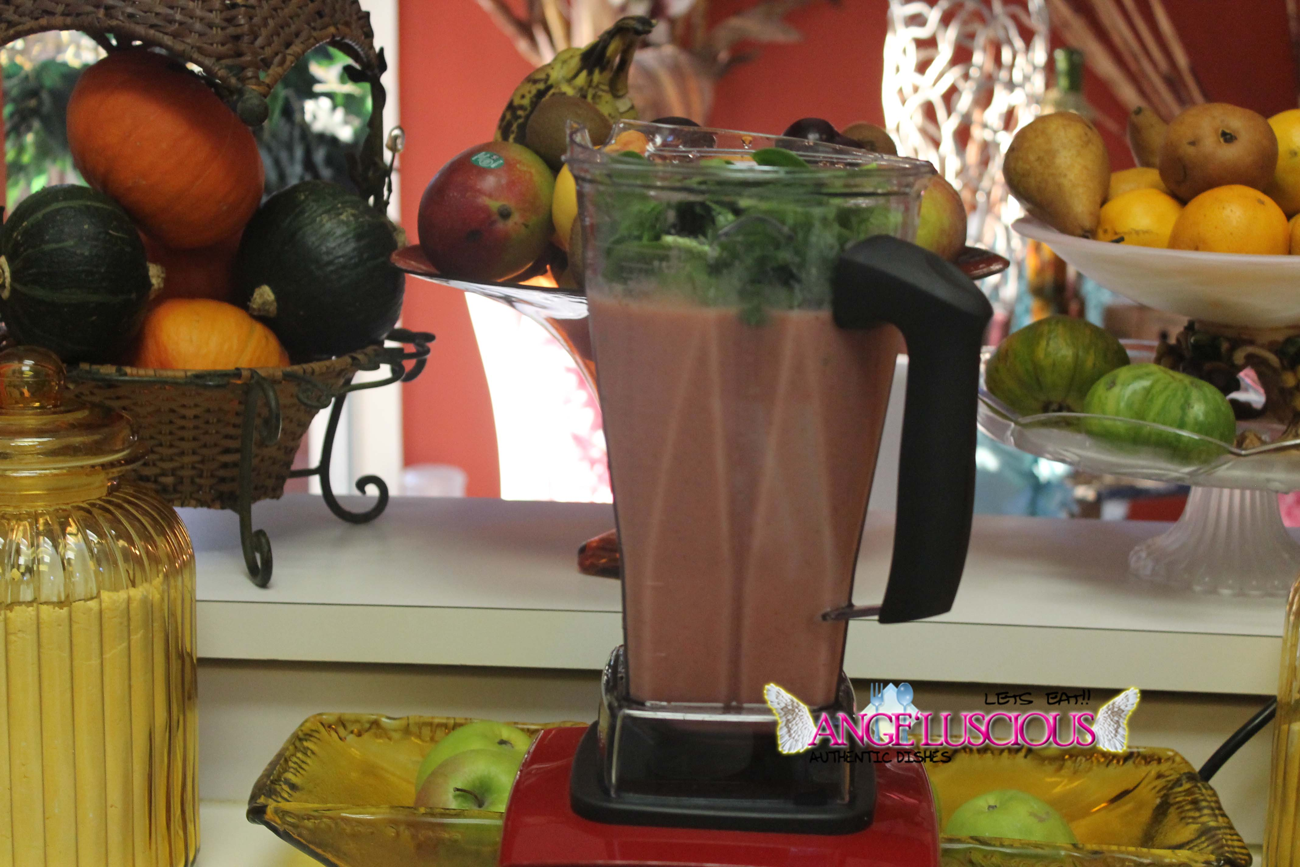 Awesome smoothie with spinach
