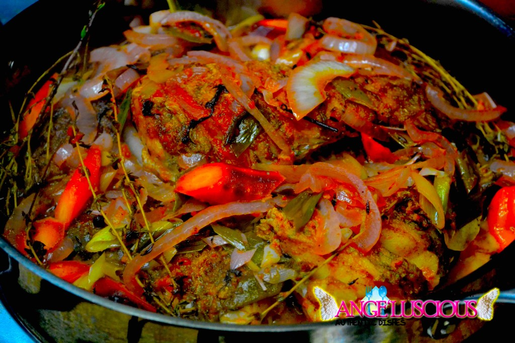 stew fish in pot DSC_0779